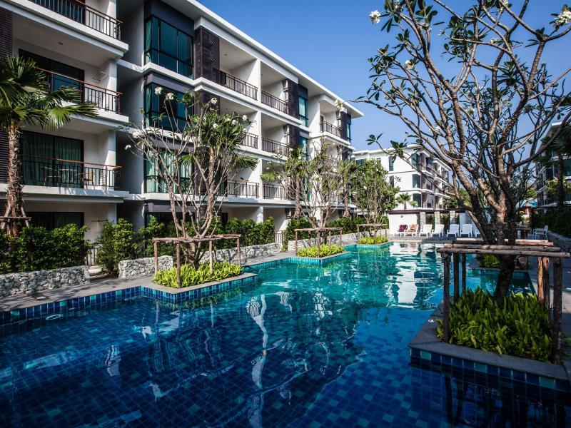 The Title Beach Front Hotel - Hotell och Boende i Thailand i Asien