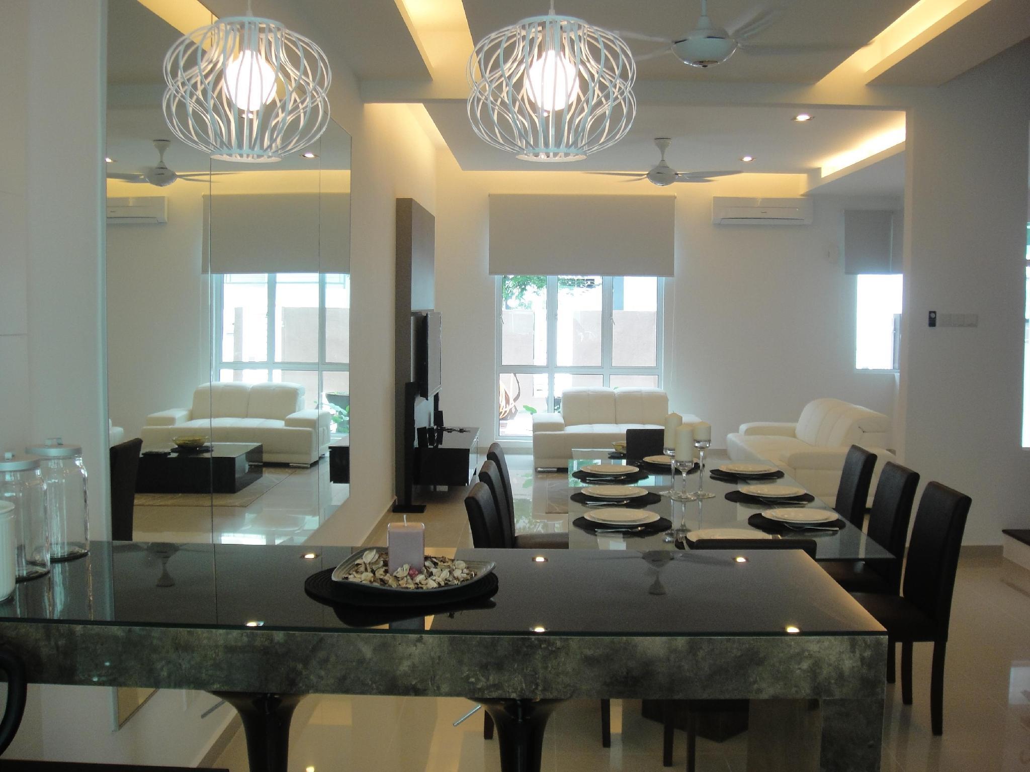 Batu Ferringhi - Shamrock Villas Penang - Villa 12A - Penang
