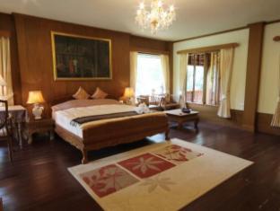 Khumkhunwang Resort