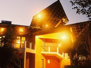 Whispering Waters Lodge - Hotels and Accommodation in Sri Lanka, Asia
