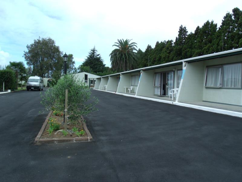 Katikati Motel - Hotels and Accommodation in New Zealand, Pacific Ocean And Australia