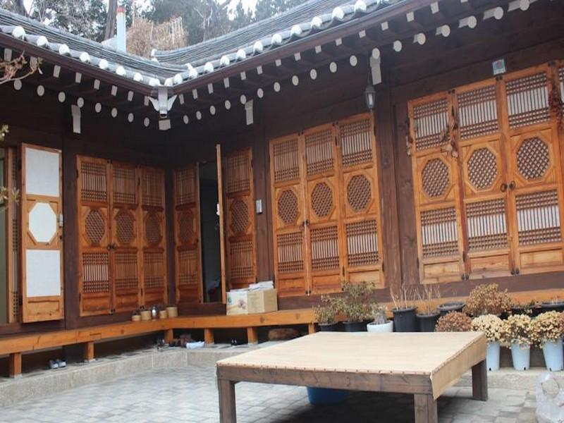 Gahoe Hanok Guest House - Hotels and Accommodation in South Korea, Asia