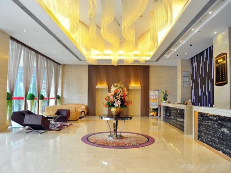 Golden Vision Hotel