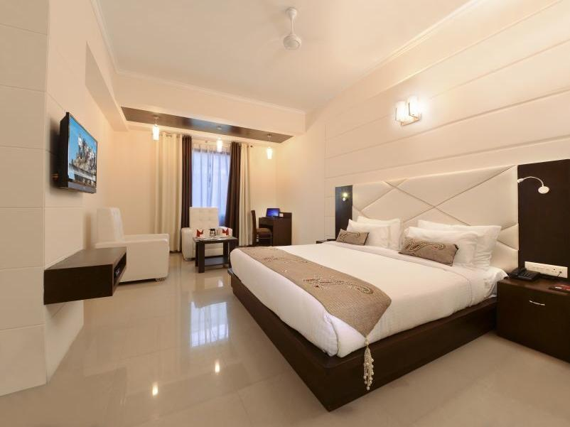 Hotel Crimson Palace - Agra