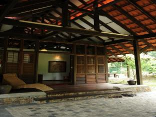 Kuang Kampung Retreat at Kuala Lumpur Sg. Buloh - 4star located at Bukit Bintang