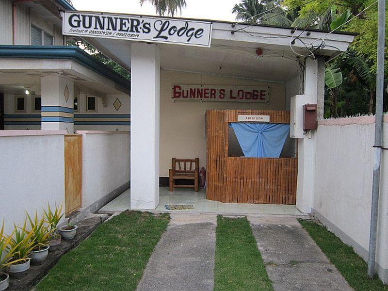 Gunners Lodging House - Hotels and Accommodation in Philippines, Asia