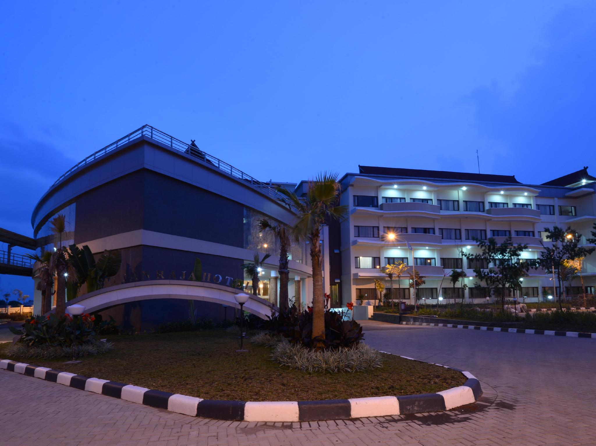 Sutan Raja Hotel And Convention Centre - Hotels and Accommodation in Indonesia, Asia