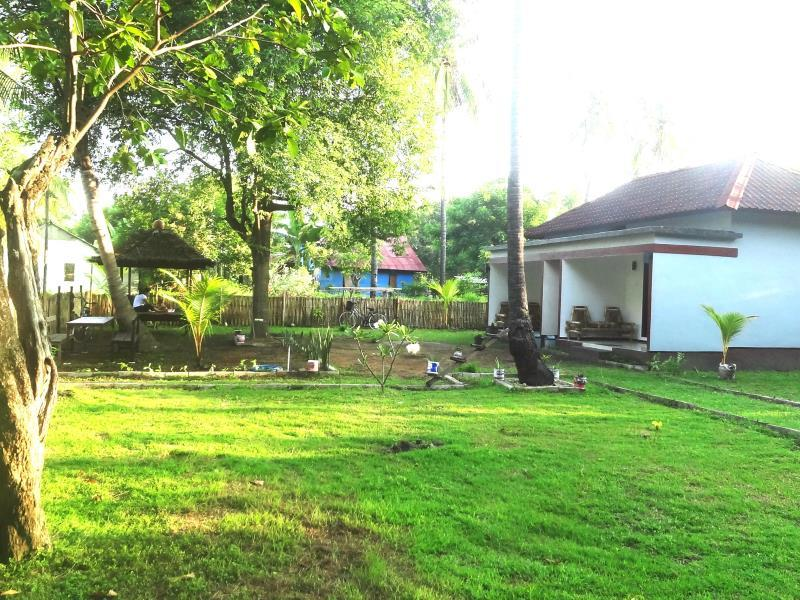 Ayuza Homestay - Hotels and Accommodation in Indonesia, Asia