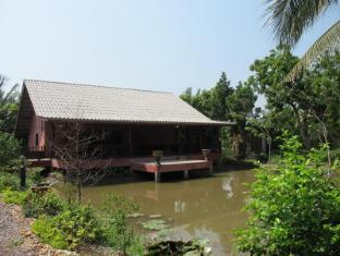 Baansuanzabua@Ampawa   Thailand Cheap Hotels