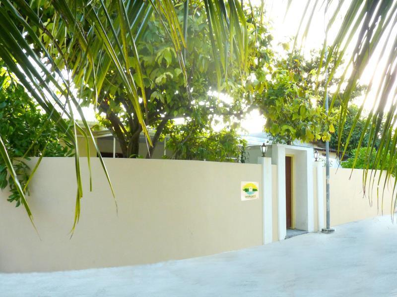 Askani Thulusdhoo Guesthouse