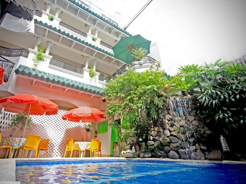 Hotel Galleria - Hotels and Accommodation in Philippines, Asia