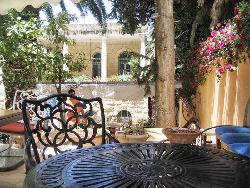 Jerusalem Garden Home - Hotels and Accommodation in Israel, Middle East