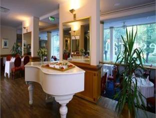 Meriton Grand Tallinn Hotel Таллин - Интерьер отеля