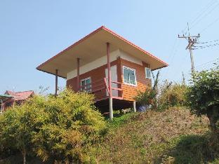 Khao Kho Tree Top Resort guestroom junior suite