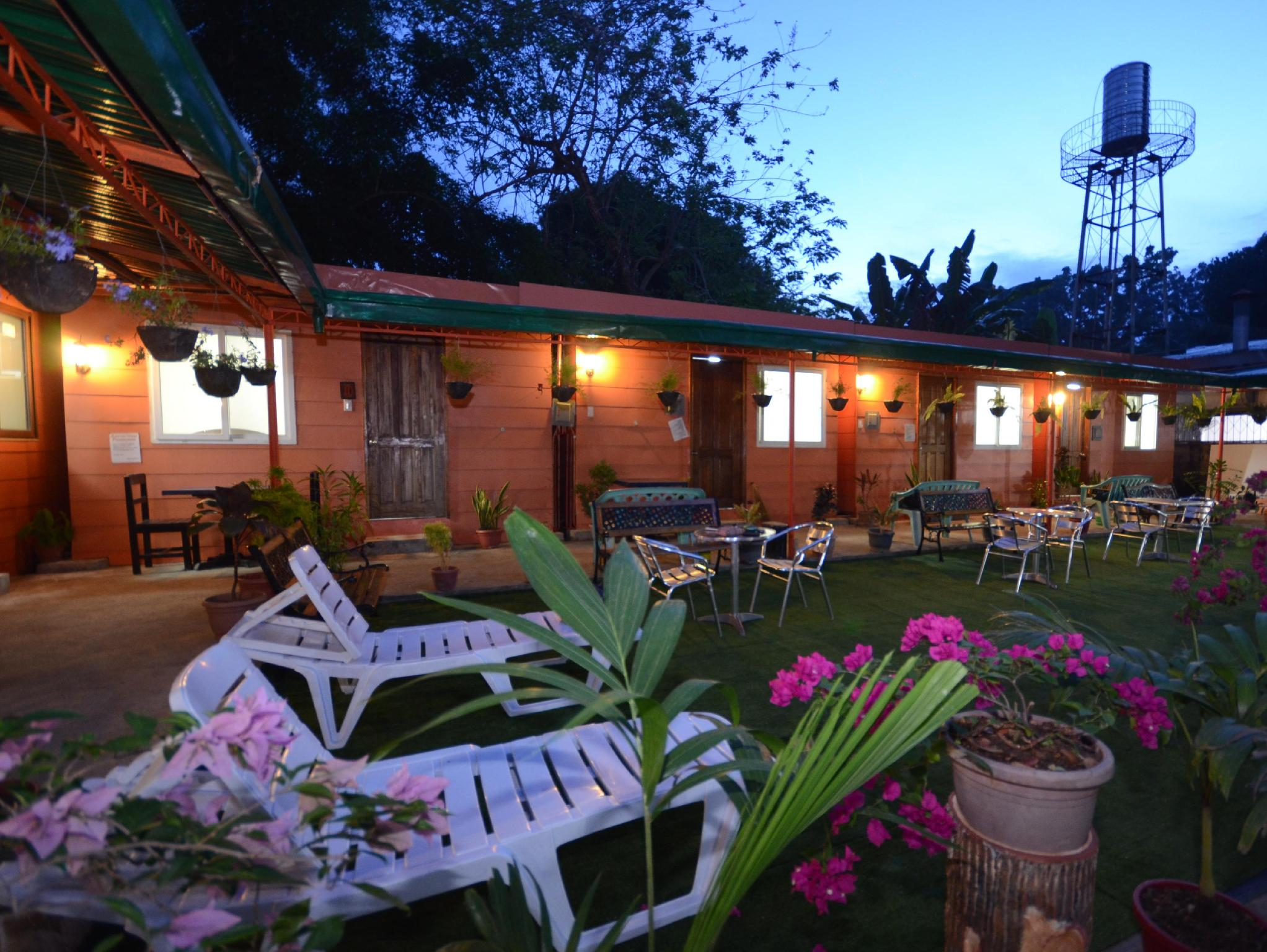 Airportside Inn - Hotels and Accommodation in Philippines, Asia