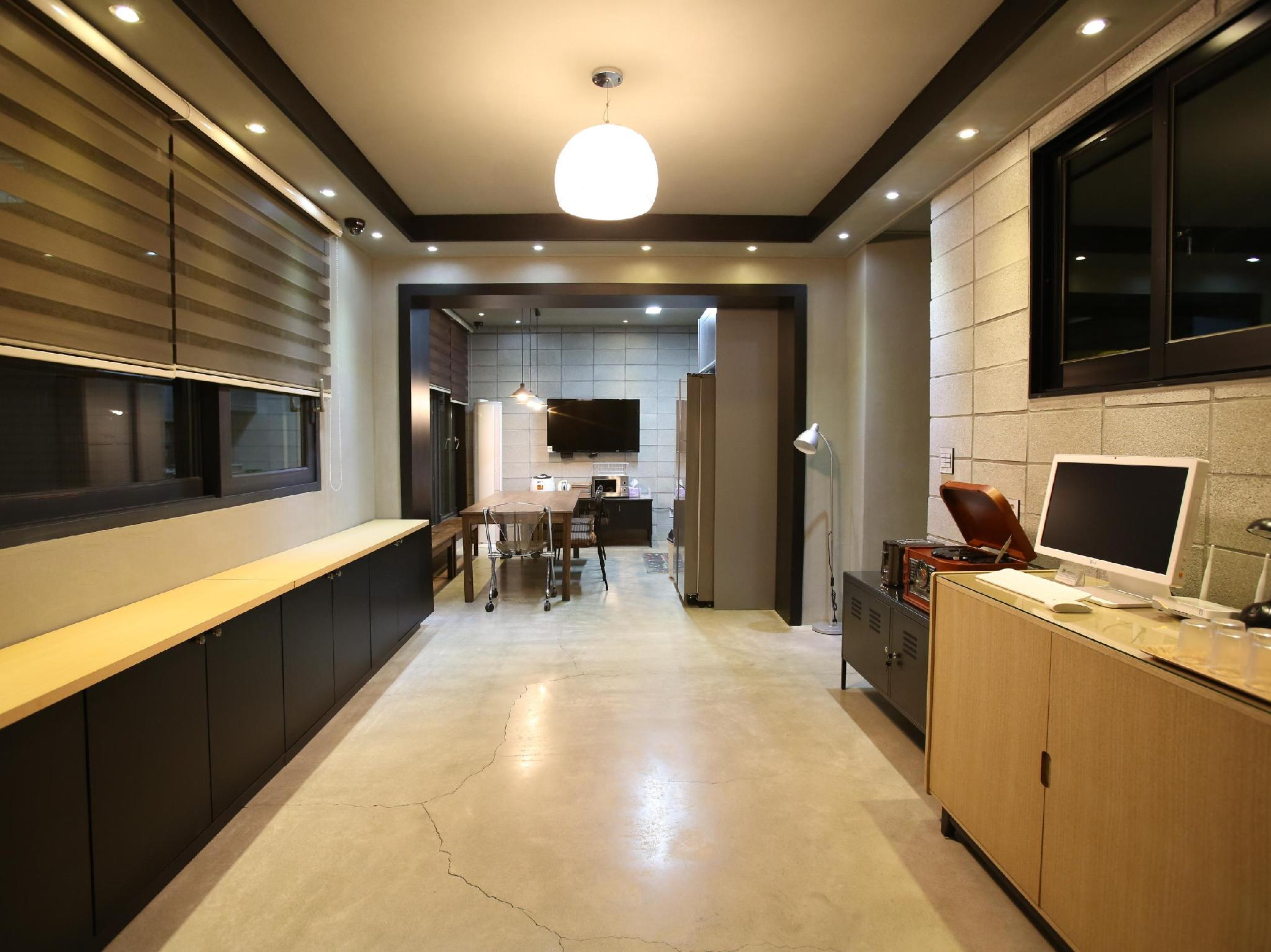 24 Guesthouse Garosu-gil Gangnam - Hotels and Accommodation in South Korea, Asia