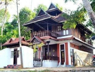 Puthooram Heritage Home - Kumarakom