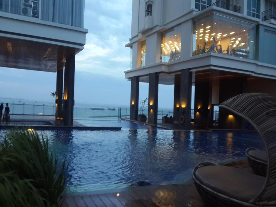 Ancol Mansion Pacific Ocean Apartment