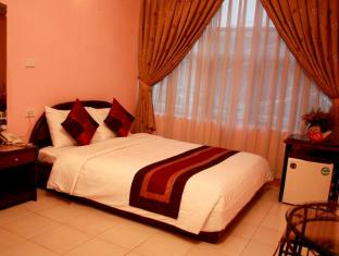 325 GIANG VO HOTEL