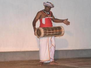 Gunners Club - Minneriya Polonnaruwa - Traditional Dance
