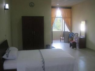 Gunners Club - Minneriya Polonnaruwa - Double Bed Room