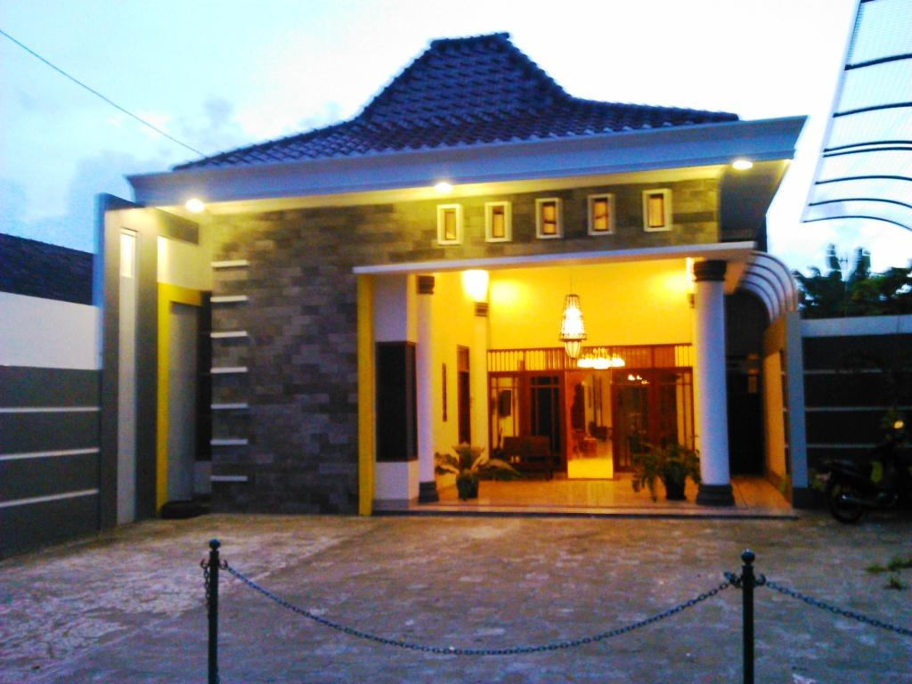 Griya Putri Dewi Family Guest House - Hotels and Accommodation in Indonesia, Asia