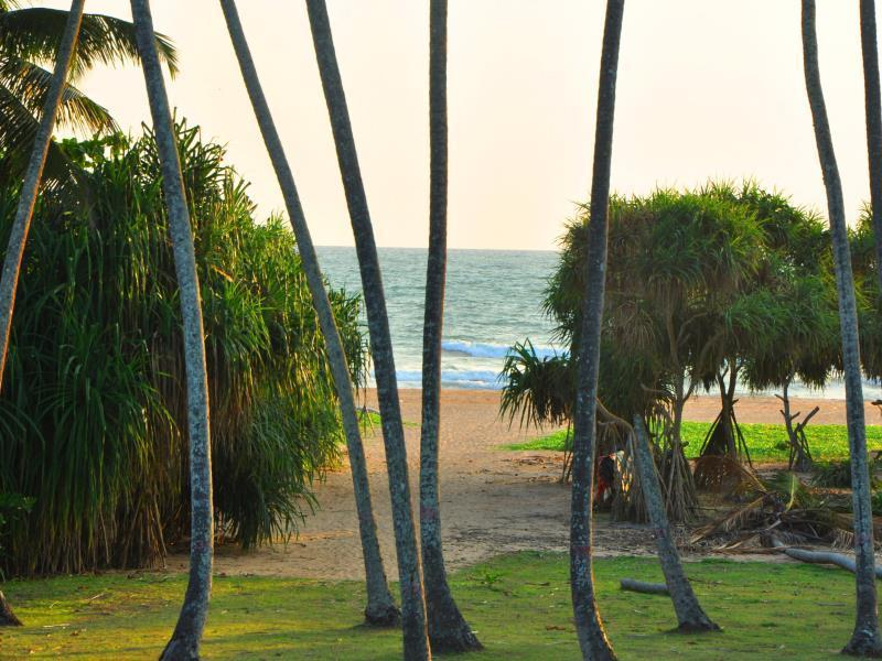 Ocean View Hotel - Hotels and Accommodation in Sri Lanka, Asia