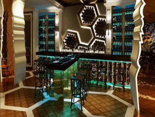 Sofitel So Singapore Hotel Singapore - Food, drink and entertainment