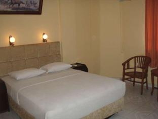 Hotel Resty Menara