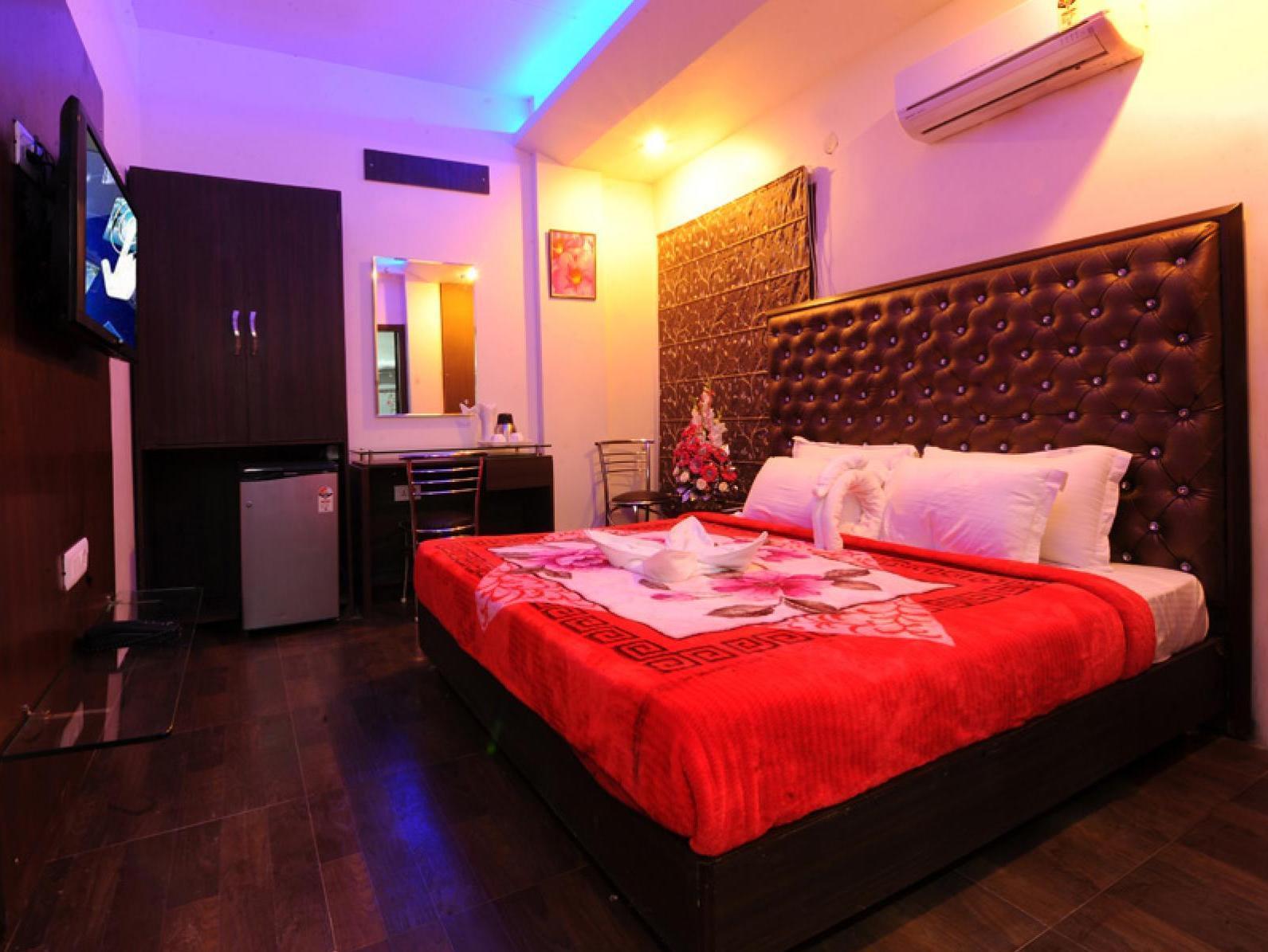 Hotel Pearl Inn & Suites - Amritsar