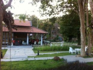 cape cafe bungalow