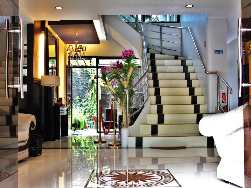 Peridot Suites - Hotels and Accommodation in Philippines, Asia