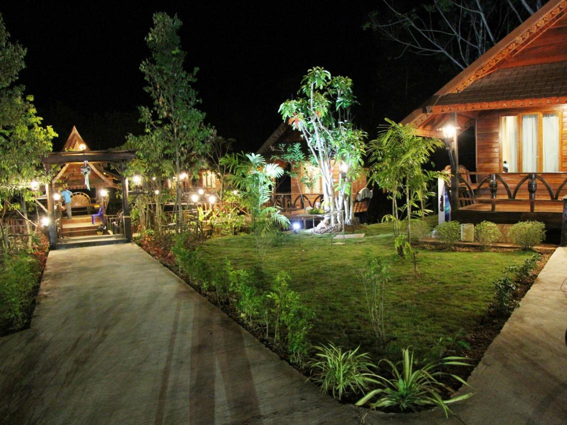 Burilamplai Resort - Hotels and Accommodation in Thailand, Asia