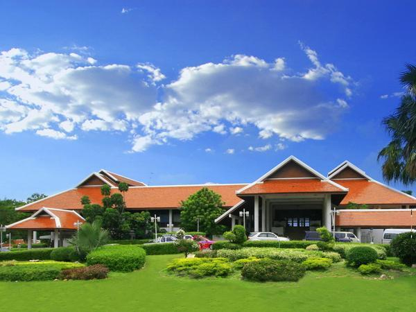 Pinehurst Golf Club and Hotel - Hotels and Accommodation in Thailand, Asia