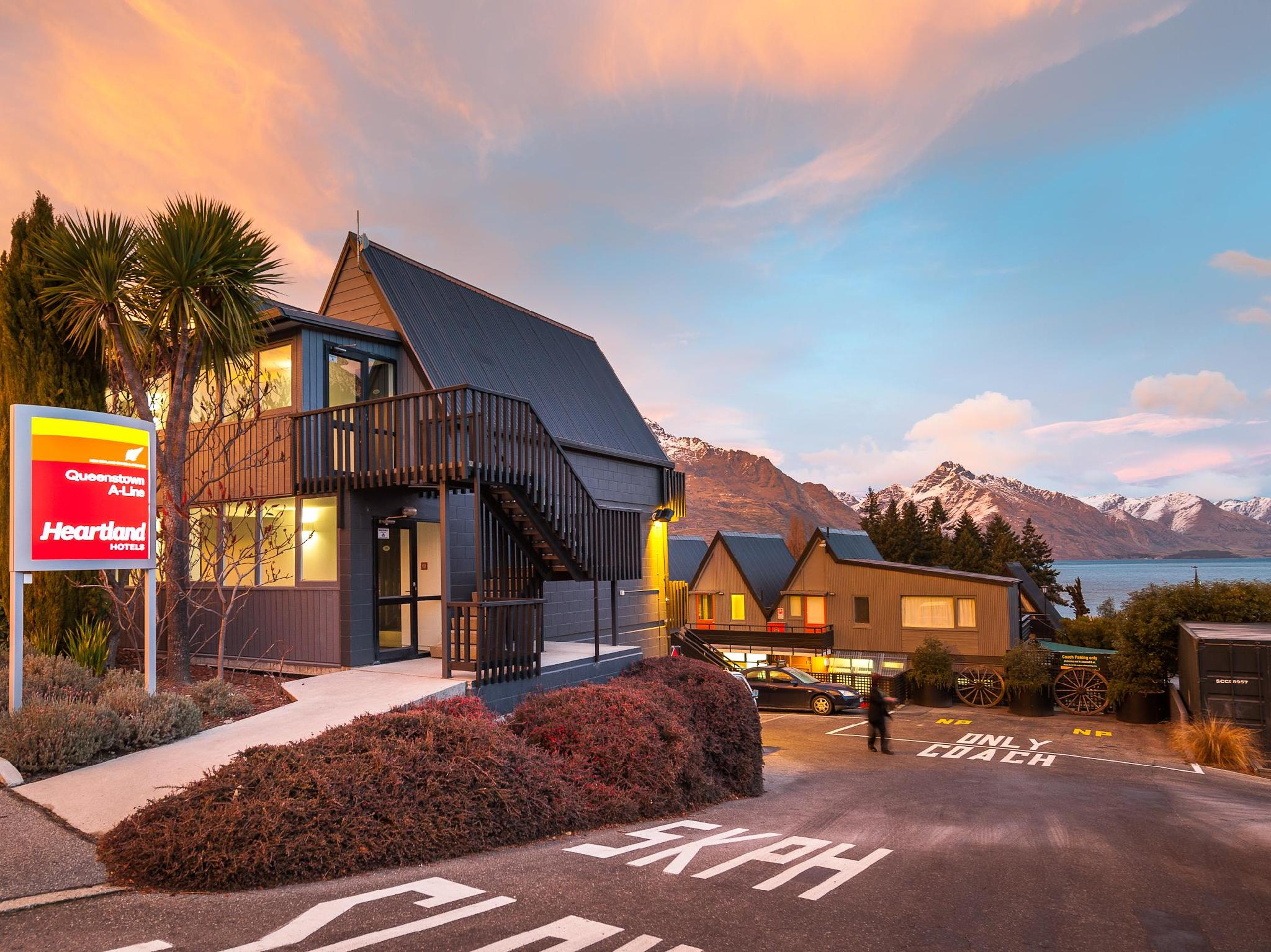 Heartland Queenstown Hotel - Hotels and Accommodation in New Zealand, Pacific Ocean And Australia