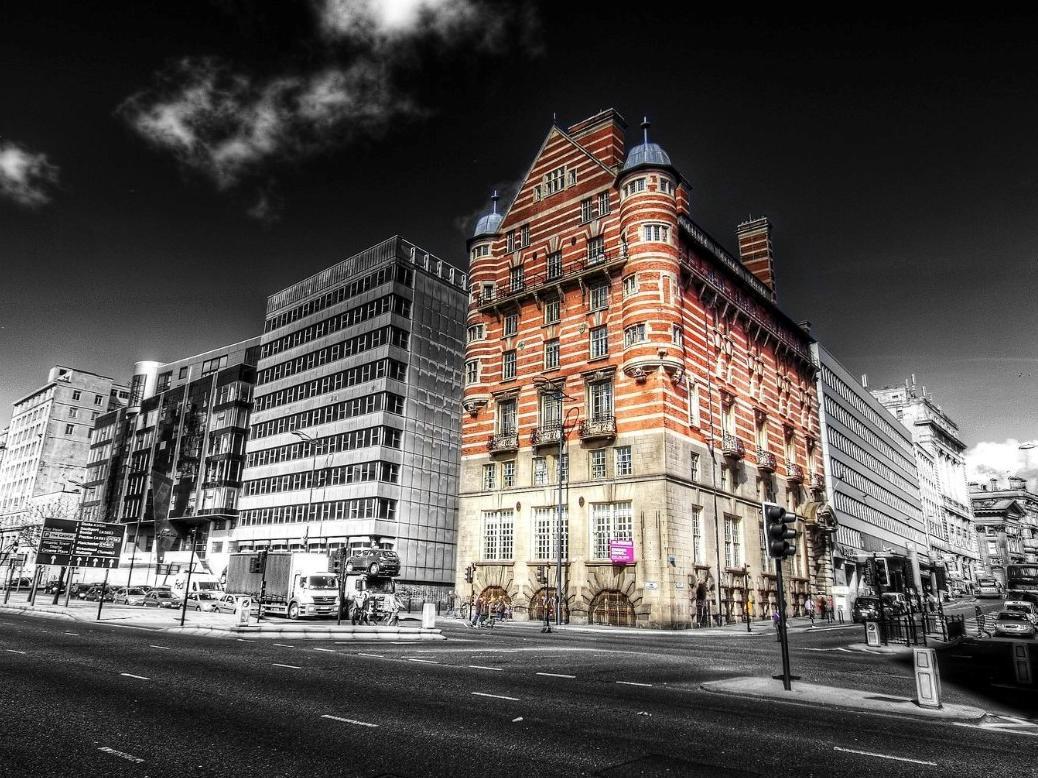 30 James Street Hotel