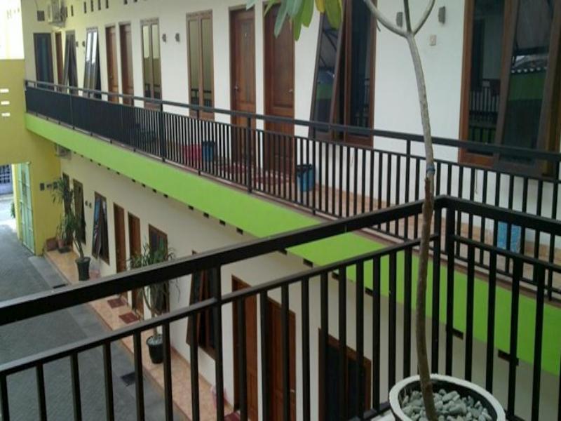 Graha Chantiq Surabaya Homestay