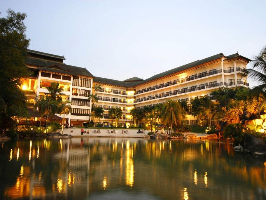 Philea Mines Beach Resort - Hotels and Accommodation in Malaysia, Asia