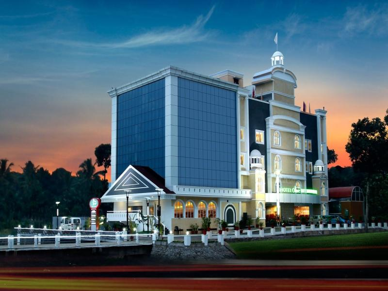 Hotel Olive International - Kottayam