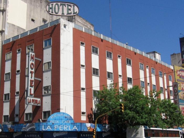 Hotel La Perla - Hotels and Accommodation in Argentina, South America