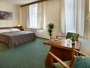 Three Crowns Hotel Prague Prague - Guest Room