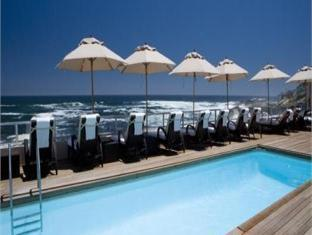 Ambassador Hotel Cape Town - Swimming Pool