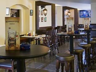 Sands Hotel Abu Dhabi Abu Dhabi - Harvester Pub