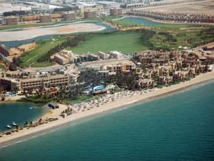 Al Hamra Fort Hotel and Beach Resort Ras Al Khaimah - Surroundings