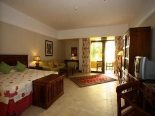 Al Hamra Fort Hotel and Beach Resort Ras Al Khaimah - Villa Garden Room