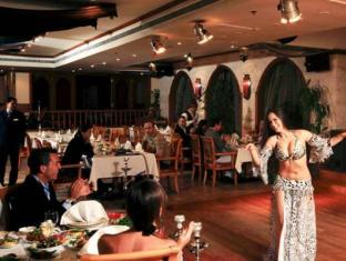 Al Hamra Fort Hotel and Beach Resort Ras Al Khaimah - Restaurant