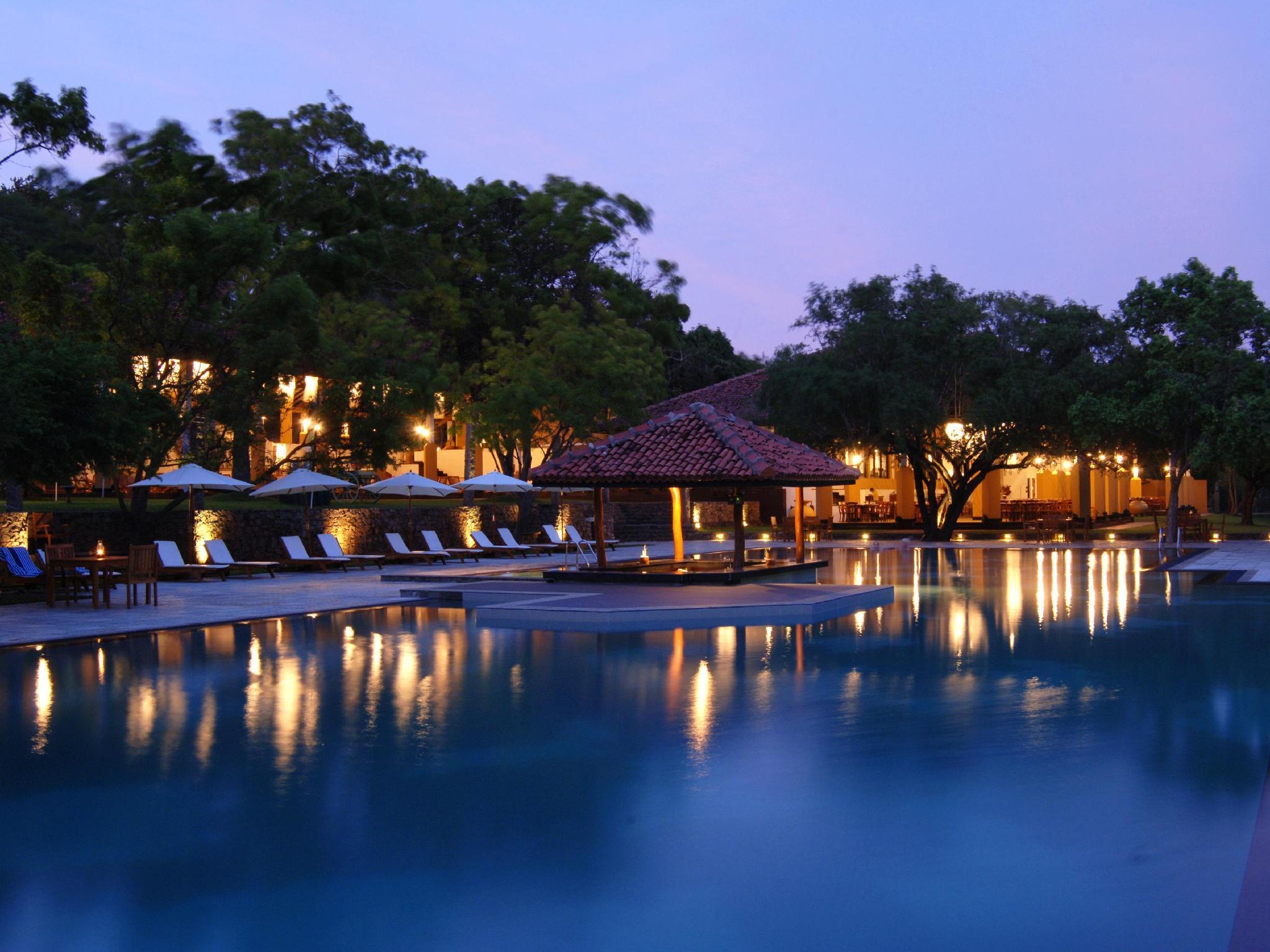 Amaya Lake Hotel Kandalama - Hotels and Accommodation in Sri Lanka, Asia