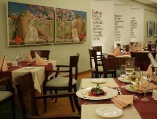 Baltic Hotel Vana Wiru تالين - المطعم