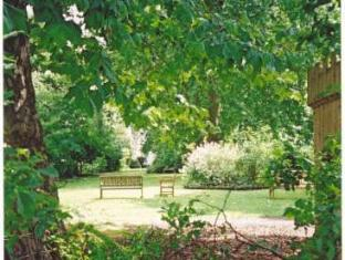 Pembridge Palace Hotel London - Garden