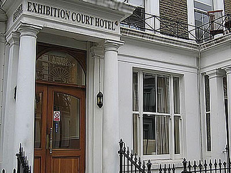 Exhibition Court Hotel 4